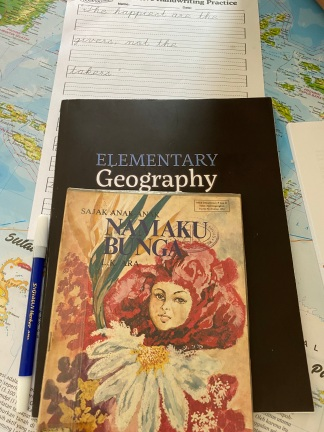 Buku Puisi LK Ara, Elementary Geography Charlotte Mason